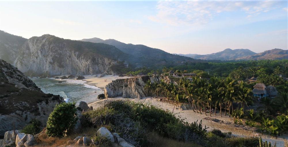 ViewFirstBeach web - Playa Maruata - Der Hippie Strand Michoácans