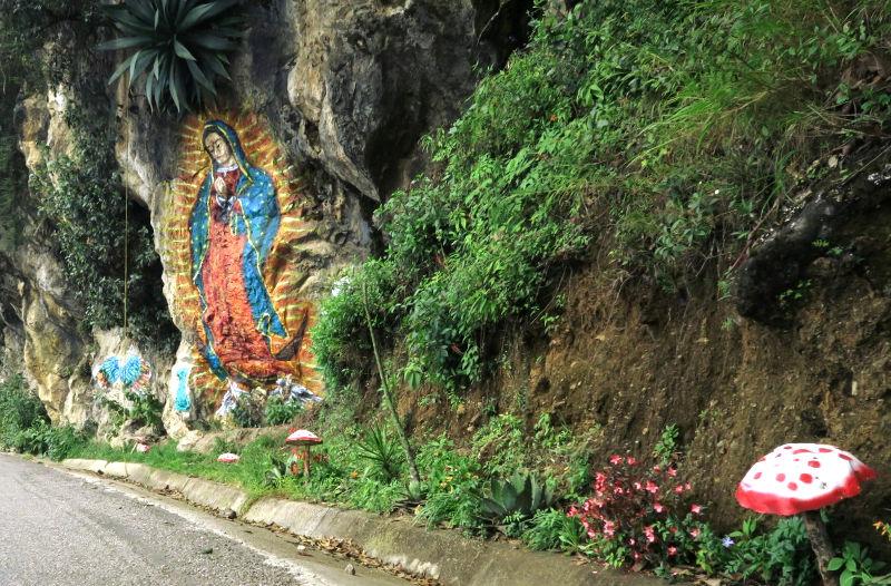 Straße gudalupe - San José del Pacifico - Wolken und Magic Mushrooms